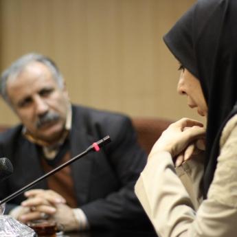 «ادبیات انقلاب اسلامی؛ از نظر تا نظریه»