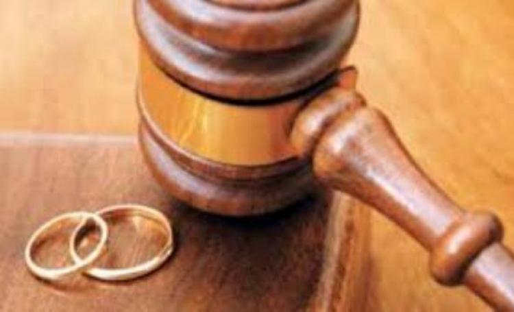 آیا کشف و فهم جدید از خود در زندگی مشترک، منجر به طلاق میشود؟